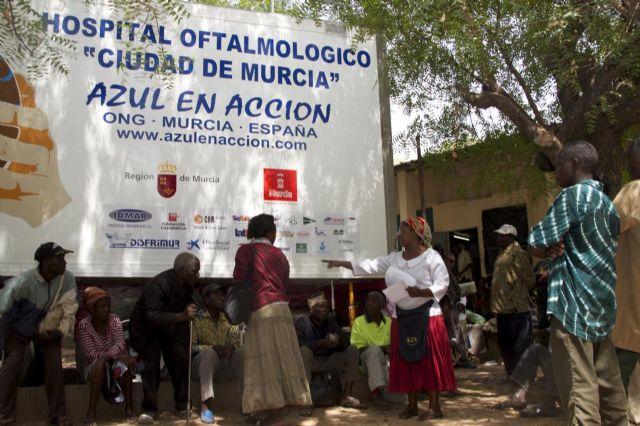Los voluntarios de Azul en Acción realizan cerca de 2.300 intervenciones y consultas oftalmológicas en Togo - 2, Foto 2