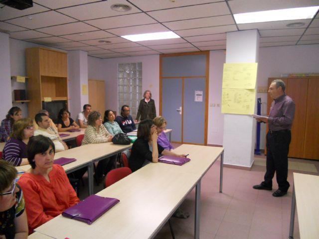 El Ayuntamiento clausura un segundo curso de inglés con 100 horas de formación, Foto 1