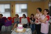 Un grupo de 70 mujeres aprenden las últimas técnicas en elaboración y decoración pastelera