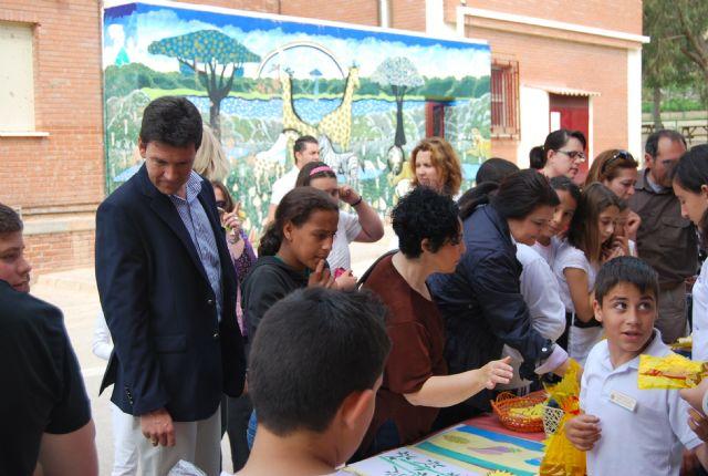 Los alumnos del Virgen del Rosario dedicaron su semana cultural al cine y se encuentran inmersos en un proyecto innovador que promociona la creación de empresas, Foto 1
