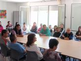 Alumnos del IES Juan de la Cierva, que cursan la asignatura de psicolog�a, visitan el Centro Polivalente para la Discapacidad