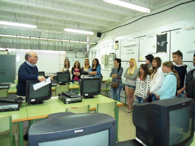 El proyecto DI.CUAL muestra a los alumn@s de secundaria diversas opciones formativas - 1, Foto 1