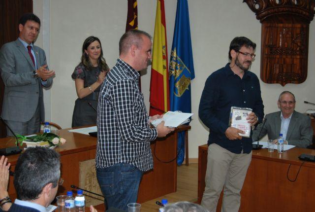 Alhama celebra su gran noche de las letras con la entrega de los premios del XII Certamen de Relato Breve Alfonso Martínez-Mena, Foto 5