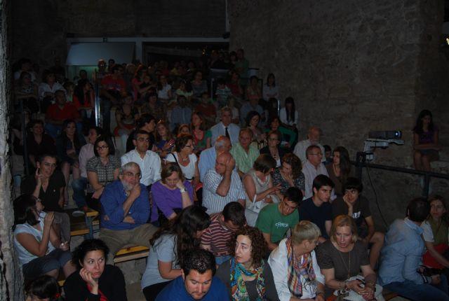 Las teclas del antiguo piano que presidió el salón principal del Balneario de Alhama volvieron a sonar después de 100 años, Foto 3