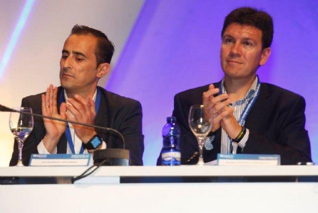 Alfonso Fernando Cerón, entre los 22 miembros del nuevo Comité Ejecutivo Regional, Foto 1