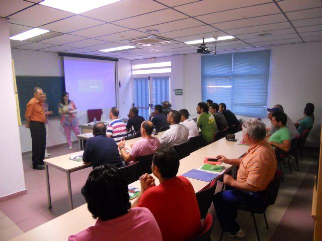 Se clausura el curso de Ofimática e Internet ofertado por Empleo y Desarrollo local, Foto 2