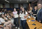 Entregan las acreditaciones a los alumnos de Secundaria del Máster Universitario en Mediación