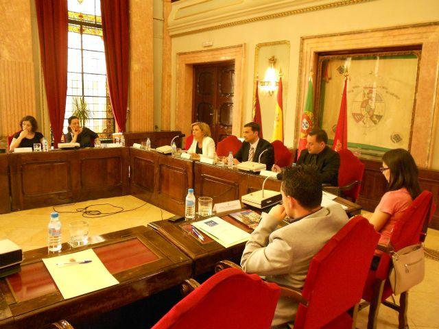 Martínez-Cachá presenta el Acuerdo de Murcia, que contiene la hoja de ruta para implantar la movilidad eléctrica en las ciudades - 3, Foto 3