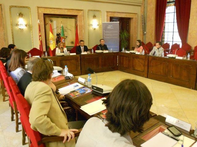 Martínez-Cachá presenta el Acuerdo de Murcia, que contiene la hoja de ruta para implantar la movilidad eléctrica en las ciudades - 4, Foto 4