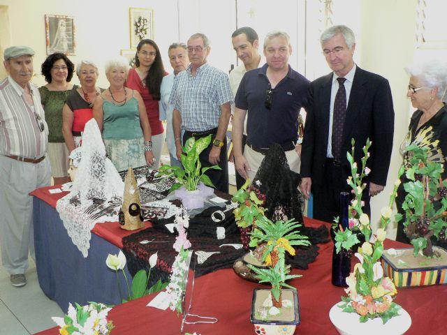La exposición Talleres del Centro muestra elaborados trabajos de los mayores del Centro Social de Puerto - 3, Foto 3