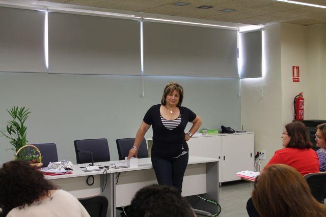 Más de quince mujeres aprenden inglés en el Vivero de Empresas para Mujeres, Foto 1