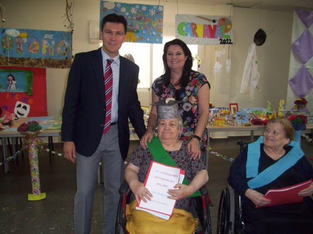 El Centro de Día de Personas Mayores celebra su IV Aniversario, Foto 1