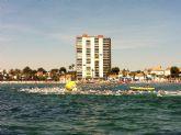 La Travesía a nado 'Playas de San Javier' superó los 500 nadadores, en Santiago de la Ribera