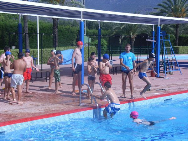 "The sports center pools ""December 6"" and the Sports Complex ""Guadalentín"" opened its doors officially"