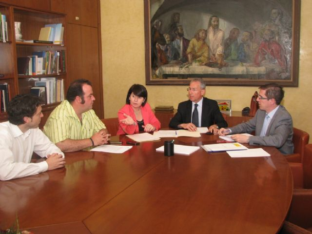 The mayor meets with the new president of the Segura basin