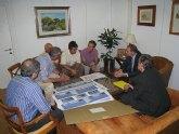 Sotoca presenta el proyecto del nuevo centro a la comunidad educativa del CEIP Escuelas Nuevas de El Palmar