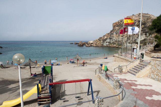 Las once banderas con la Q de calidad turística ya ondean en el litoral cartagenero - 3, Foto 3