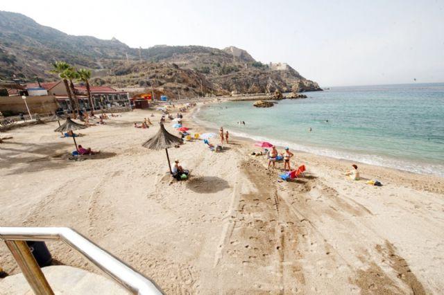Las once banderas con la Q de calidad turística ya ondean en el litoral cartagenero - 5, Foto 5