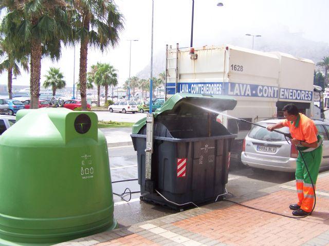 Limpieza activará el domingo el dispositivo de verano en Águilas con la incorporación de una veintena de nuevos operarios - 1, Foto 1