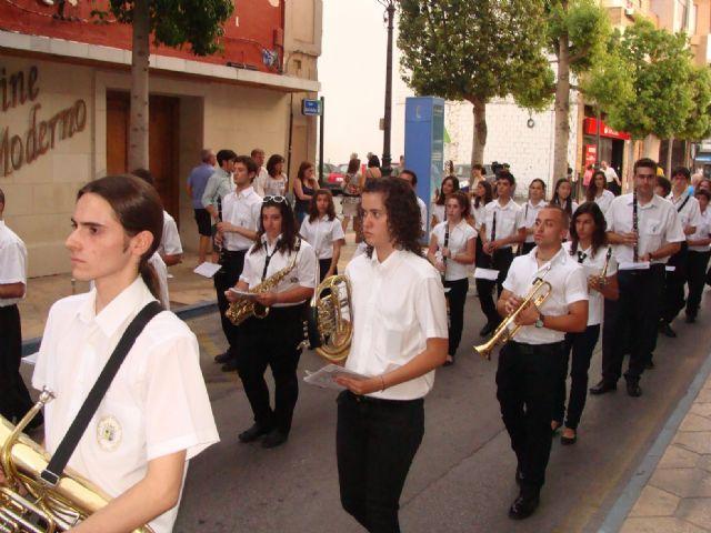 La imagen de San Pedro recorre las calles de la localidad en el día grande de las fiestas patronales - 4, Foto 4