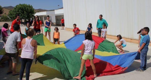 Puerto Lumbreras congrega a 60 jóvenes en el Campamento de verano Bilingüe del Cabezo la Jara - 2, Foto 2
