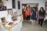 Una exposición para estimular el potencial creativo de las mujeres de Roldán