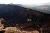 La Comunidad da por extinguido el incendio declarado en el entorno natural de Moratalla