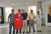 El Alcalde recibe a Lorenzo Albaladejo atleta local que participará en los Juegos Paralímpicos de Londres 2012