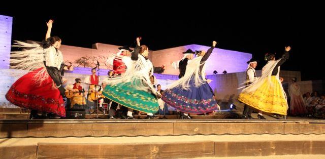 La XXV edición del Festival Nacional de Folklore rindió un homenaje a las tradiciones folklóricas de Puerto Lumbreras - 1, Foto 1