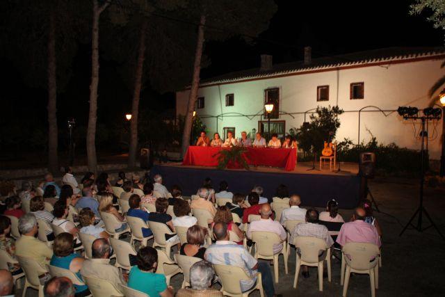 Poetas lumbrerenses protagonizaron un recital de poesía en el nuevo espacio cultural de la Casa del Cura - 1, Foto 1