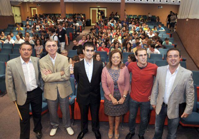 Más de 200 estudiantes se reúnen en la Universidad de Murcia dentro del Encuentro Nacional de Matemáticas - 2, Foto 2
