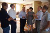 La alcaldesa de Totana muestra a los empresarios de la construcción de la región el modelo del Plan General del municipio como 'un ejemplo de la obtención de un acuerdo común del modelo de ciudad'