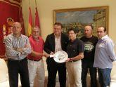 La Casa Regional de Murcia en Canarias entrega 1.000 euros a la Mesa Solidaria procedentes de la celebración del evento deportivo 'Para que no me olvides.¡soy Lorca'