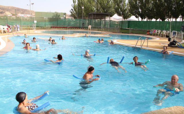 Más de 6.000 bañistas disfrutaron durante el mes de julio ´2012 de las piscinas municipales de Puerto Lumbreras - 2, Foto 2