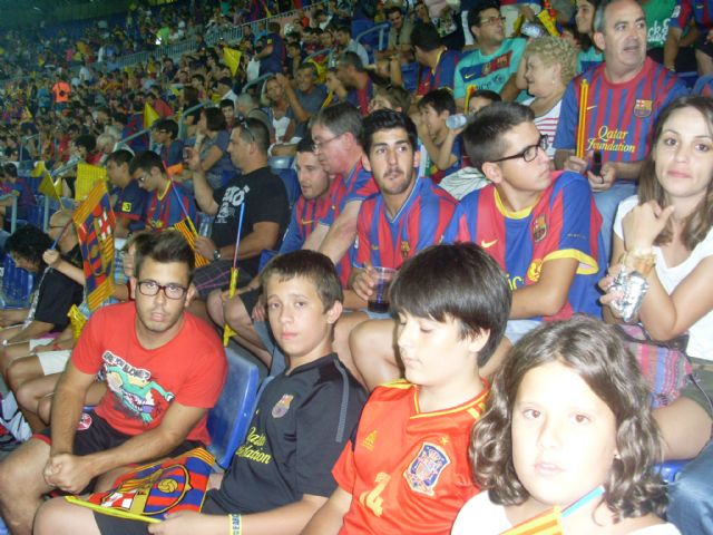 La Peña Barcelonista Totana was present in the first leg of the Super Cup final