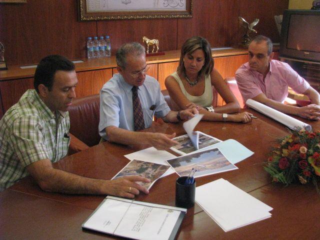 La Alcaldesa de Archena pide al Presidente de Confederación la rehabilitación del margen izquierdo del Río Segura - 1, Foto 1