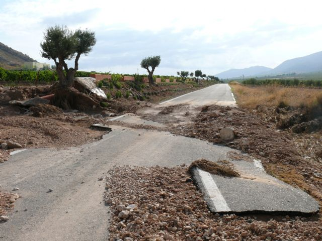 Ya se puede circular por la Carretera del Carche - 5, Foto 5