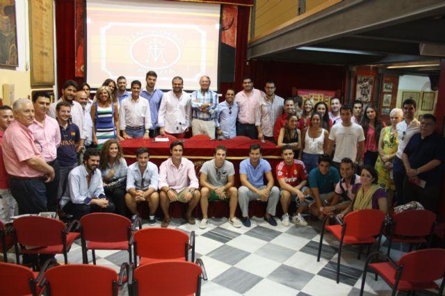 El Club Taurino de Murcia y la Asociación Tentadero Murcia trabajarán juntos por fomentar la afición a los toros entre los jóvenes - 1, Foto 1