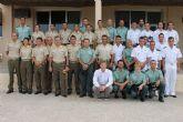 Los hombres de la Armada y las mujeres de la UME dominan en Mazarr�n