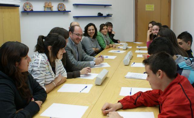 El Ayuntamiento de Puerto Lumbreras creará la Mesa Local Contra el Absentismo Escolar - 1, Foto 1