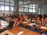 Más de treinta personas participan en el taller 'E-creativa para empezar'