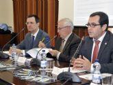 La Universidad de Murcia enseña la ciencia de sus laboratorios a los niños
