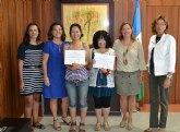 La alcaldesa recibe a alumnas japonesas que han elegido San Pedro del Pinatar para aprender español