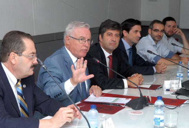 Los alumnos de la Universidad de Murcia podrán pagar la matrícula en siete plazos sin intereses - 1, Foto 1