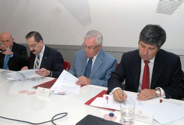 Los alumnos de la Universidad de Murcia podrán pagar la matrícula en siete plazos sin intereses - 2, Foto 2
