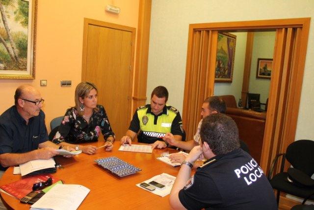 La Alcaldesa mejorará las condiciones laborales del cuerpo de la Policía Local mediante la firma de un convenio de colaboración - 1, Foto 1