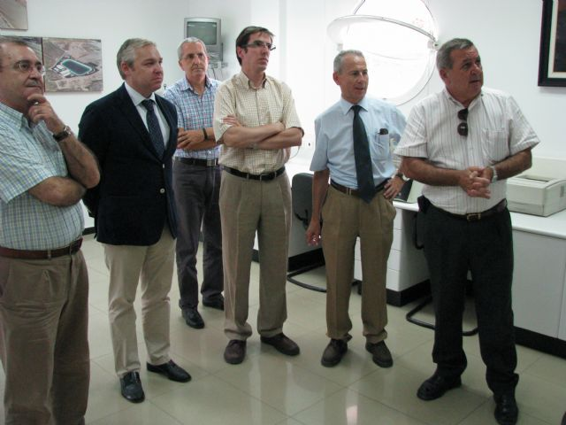 El alcalde se reúne con la CHS para solicitar la reparación del encauzamiento de la rambla de las Moreras - 2, Foto 2