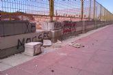 El Pabellón de Alguazas 'a pedazos' y sin teléfono para las reservas