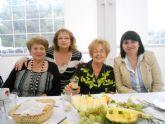 Se celebra la comida y convivencia de hermandad de los socios del Centro Municipal de Personas Mayores de la Plaza Balsa Vieja