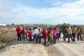 Los escolares de Alguazas se apuntan a la repoblación forestal de la Vía Verde del Noroeste